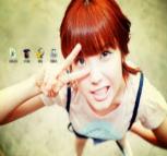 清纯美女自拍电脑主题 win7版 1.0