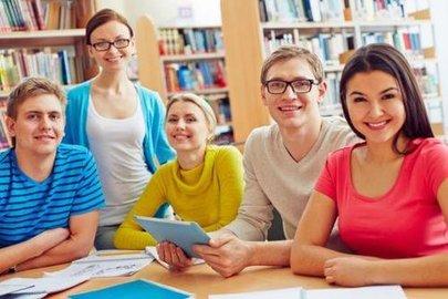 自學外語最好用的軟件是哪個_什么軟件可以學外國語言